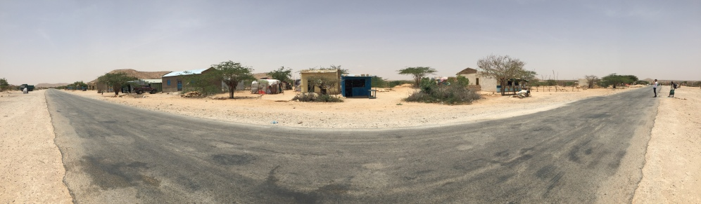 The road from Hargeisa to Laas Geel
